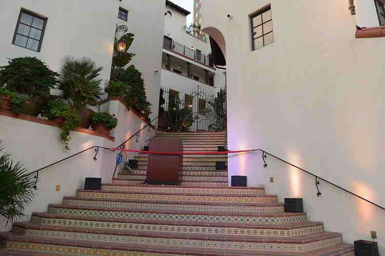 The Plaza la Reina steps