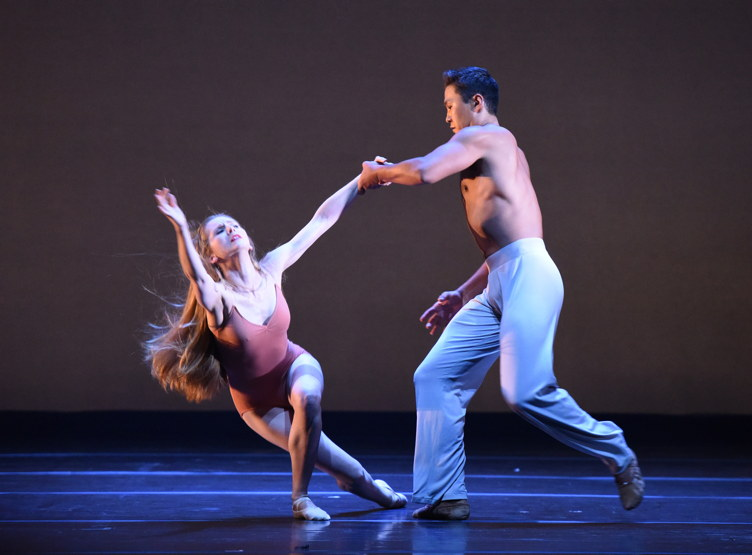 Carla Korbes and Batkhurel Bold perform at the 2016 Los Angeles Dance Project Gala