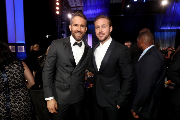 Ryan Reynolds (L) and Ryan Gosling
