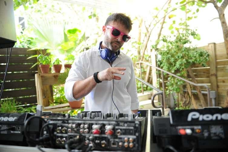 DJ Danny Stern