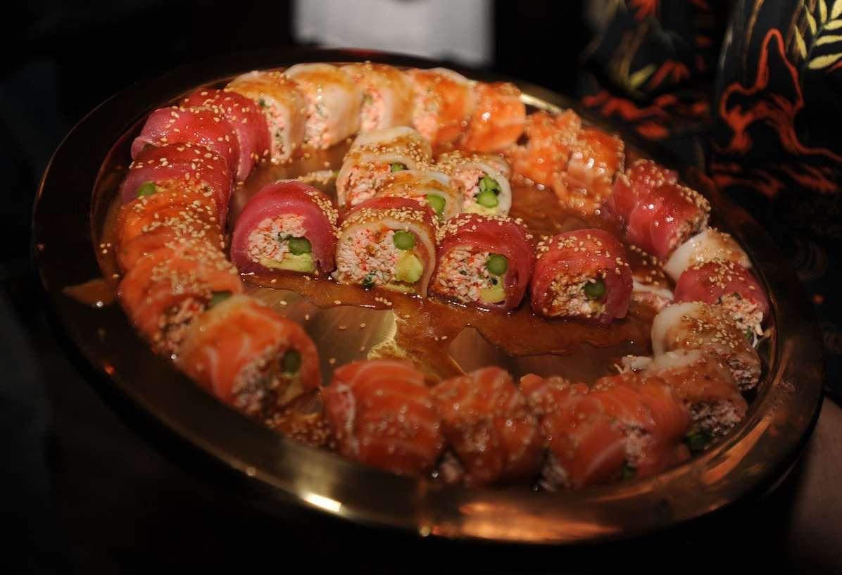 sushi platter now & zen