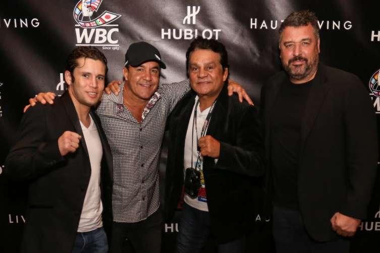 Roberto Duran, WBC group, Rick De La Croix