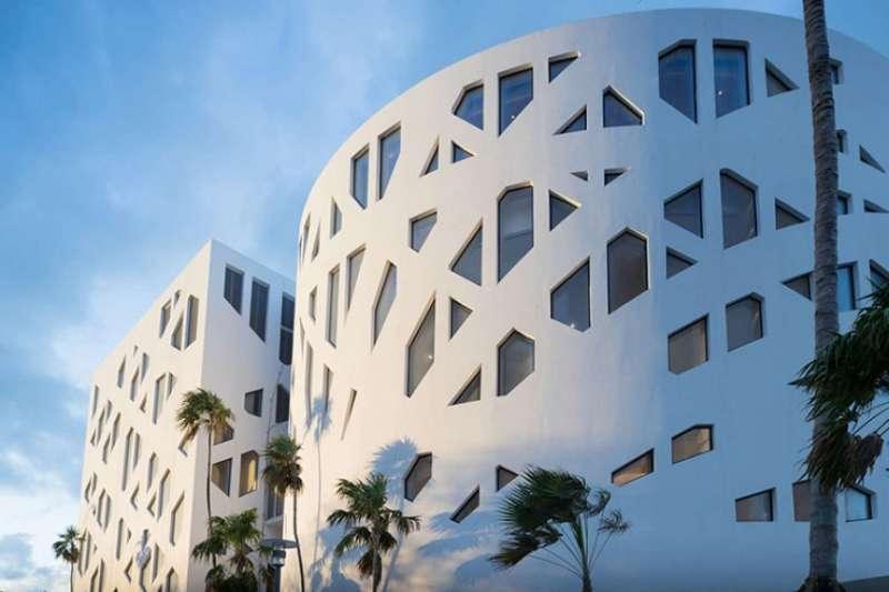 faena-forum-oma-miami-platform-architecture-and-design-6-32t4mjvzq4iio6gpqcm9z4