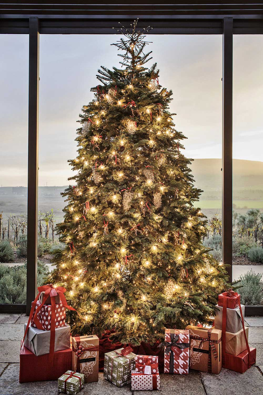Christmas Decor Next : Wineries with christmas decor