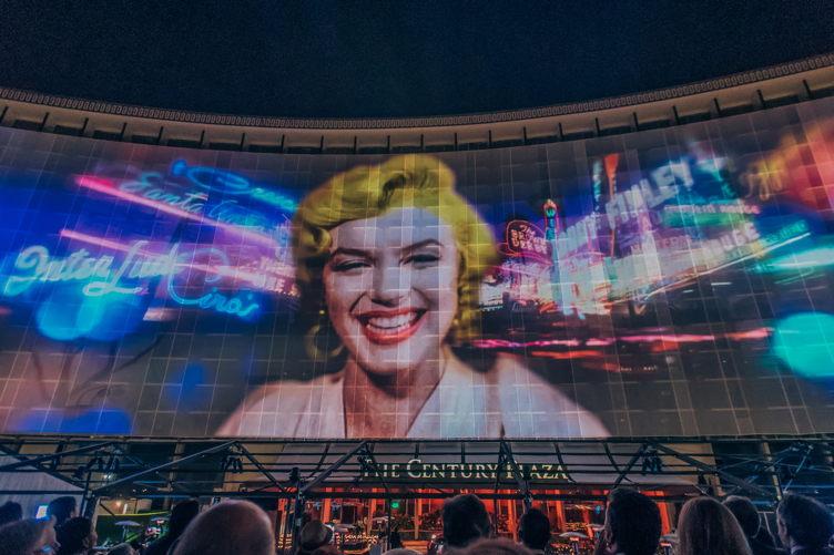 Marilyn Monroe in projection form