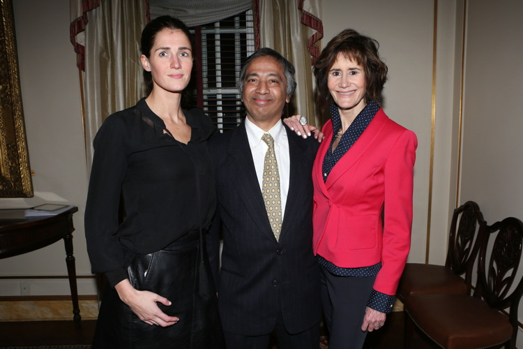 Catherine Petree, Nari Narayanan, Lee Fryd== Jean Shafiroff Hosts Cocktails and a Planning Meeting for the NYC Mission Society's Champions for Children Gala on April 5, 2017== Private Residence, NYC== January 24, 2017== ©Patrick McMullan== Photo - Krista Kennell/PMC== ==