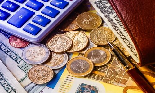 RETWOFINANCIALshutterstock_552890260