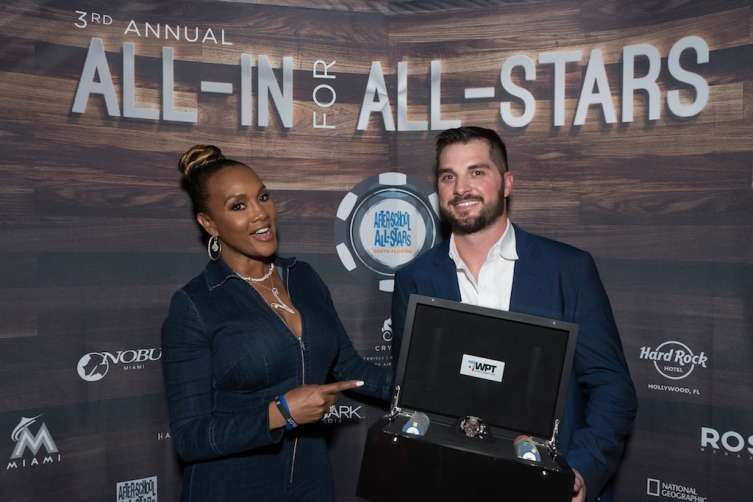 Vivica A Fox and 1st first winner, Brad Pyatt