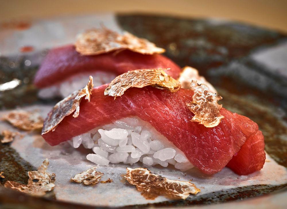Toro nigiri sushi with shaved truffles