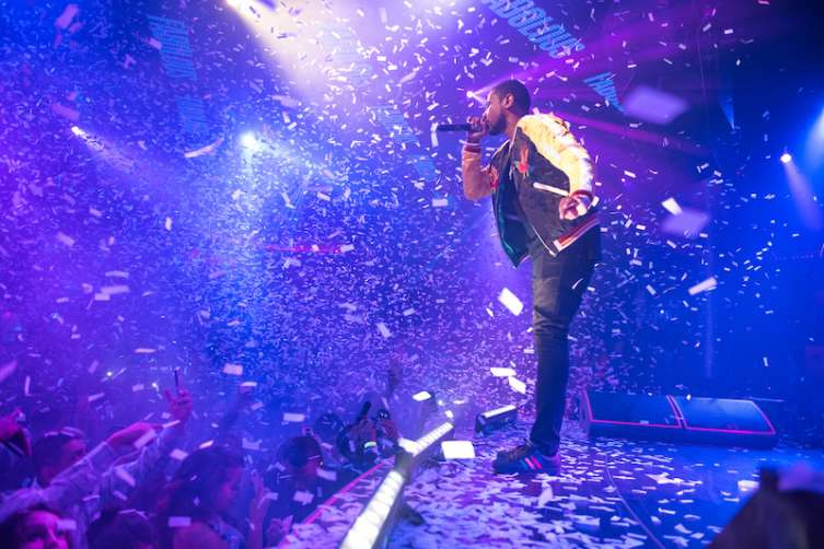 Fabolous performs at Drai's.