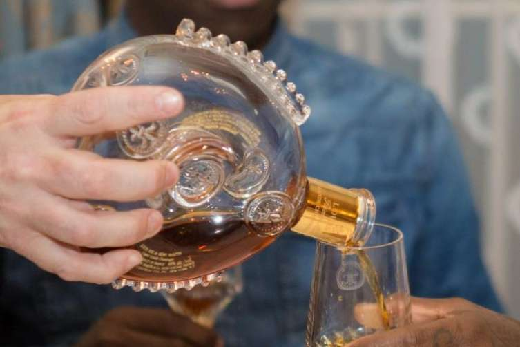 LOUIS XIII moment