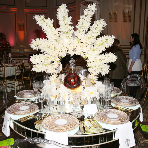 The Louis XIII table setting