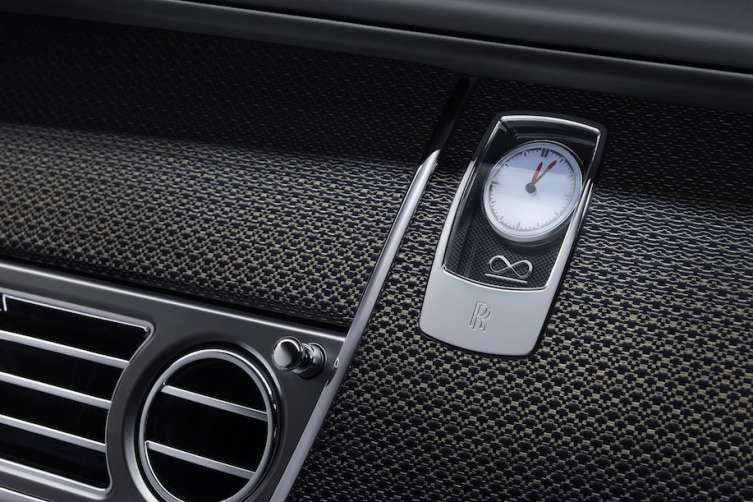 Rolls-Royce Black Badge dashboard