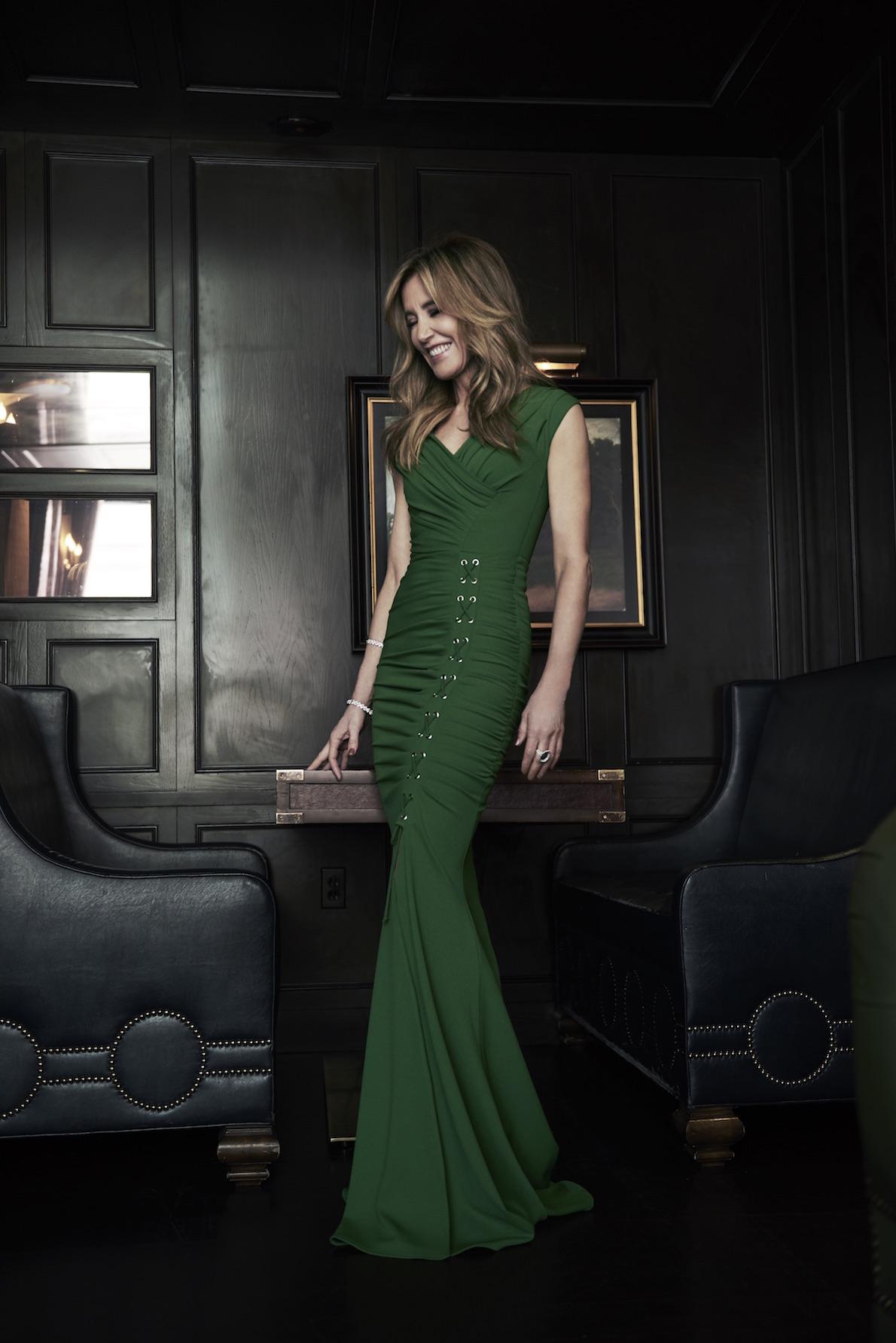 Felicity Huffman Gown: Julea Domani by Zeena Zaki Jewels: Martin Katz