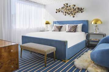 Andaz-West-Hollywood-RED-Suite-Bedroom