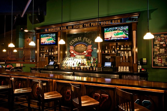 Haute Top 5: Best Places to Watch March Madness in Boston 2017
