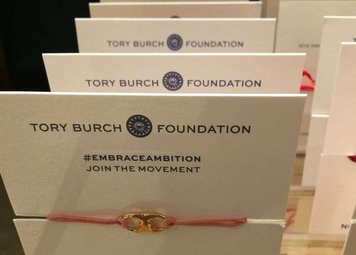 EMBRACE AMBITION BRACELET PINK COLOR