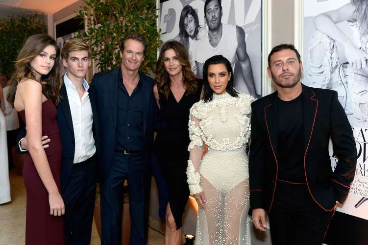 (L-R) Kaia Gerber, Presley Gerber, Rande Gerber, Cindy Crawford, Kim Kardashian West and Mert Alas attend the Daily Front Row's 3rd Annual Fashion Los Angeles Awards at Sunset Tower Hotel
