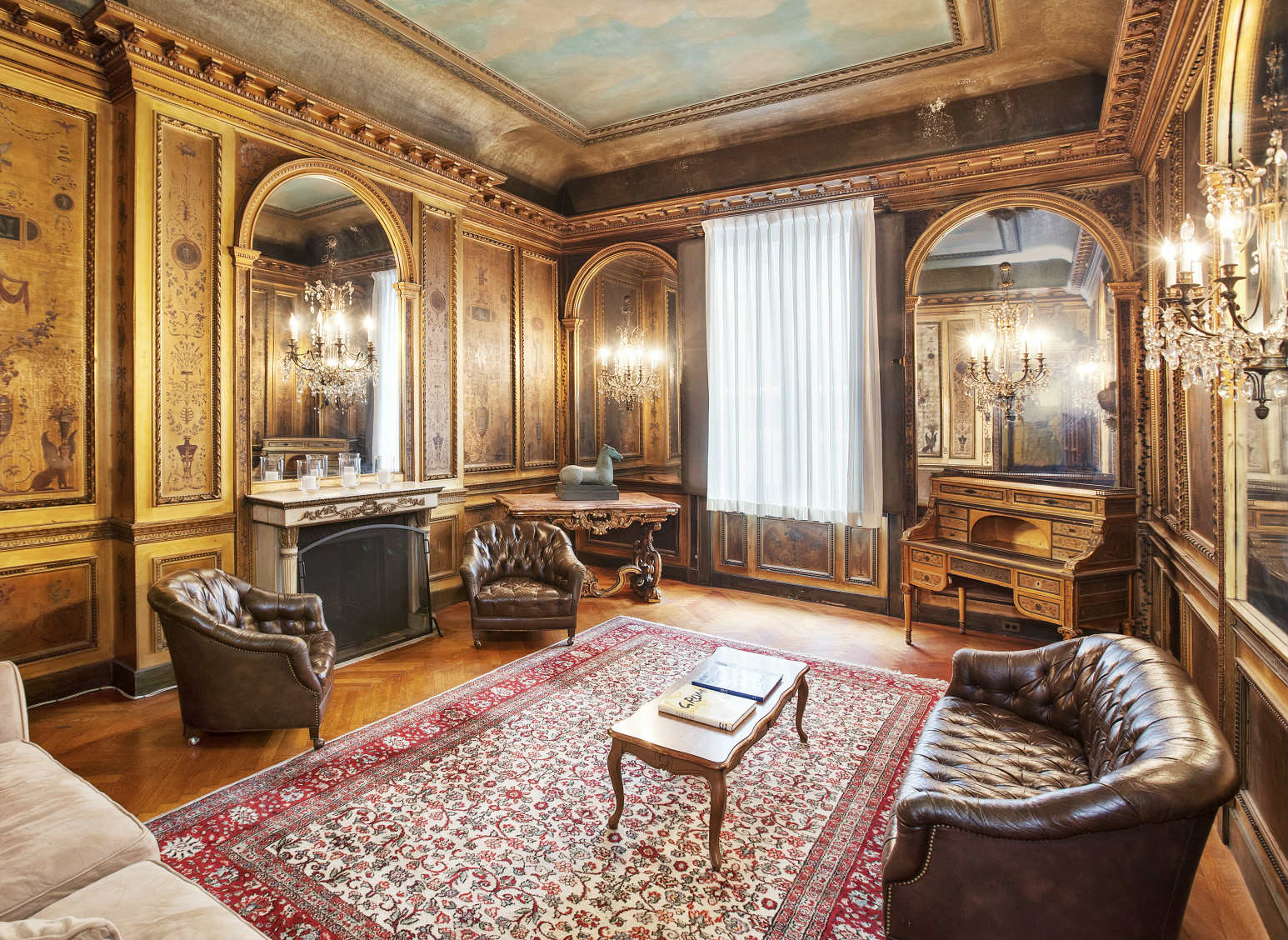 Of Railroad Baron Cornelius Commodore Vanderbilt The Six Story Beaux Arts Building Reflects Grandeur Versailles Throughout Its 32 Rooms