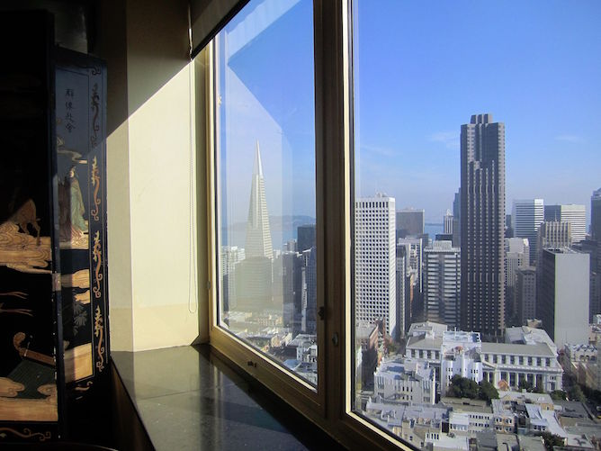 The Top Of Mark Has Sensational 360 Views San Francisco And Bay Area It S Located On 19th Floor Intercontinental Hopkins Hotel