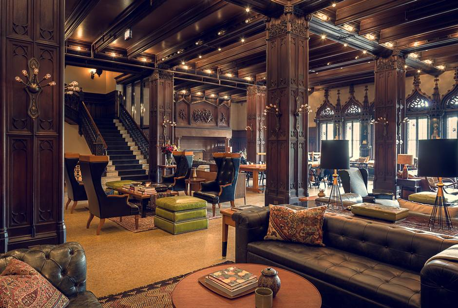 The Coolest Hotel Lobbies In Chicago