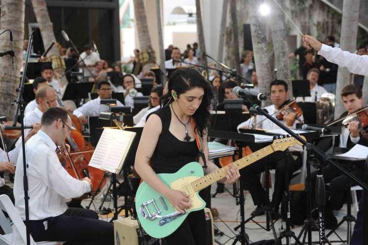 Emily Estefan, Eduardo Marturet & Miami Symphony Orchestra