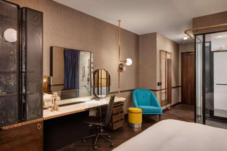 hotel emc 2-1