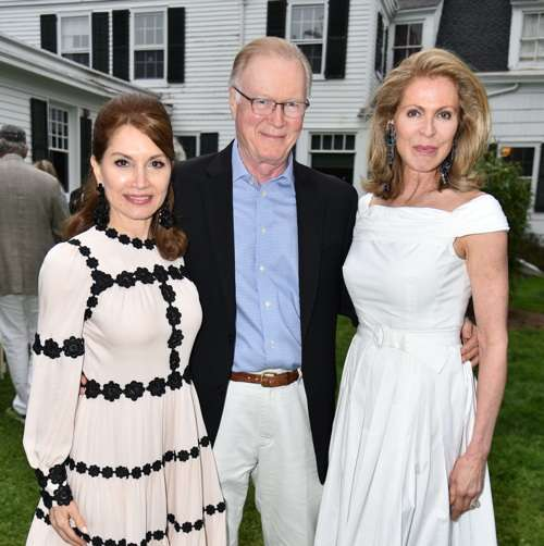 Jean Shafiroff, Chuck Scarborough, Ellen Scarborough== Jean Shafiroff and Jonathan McCann Host Southampton Animal Shelter== The Southampton Historical Museum, Southampton, NY== May 28, 2017== ©Patrick McMullan== Photo - Jared Siskin/PMC== ==