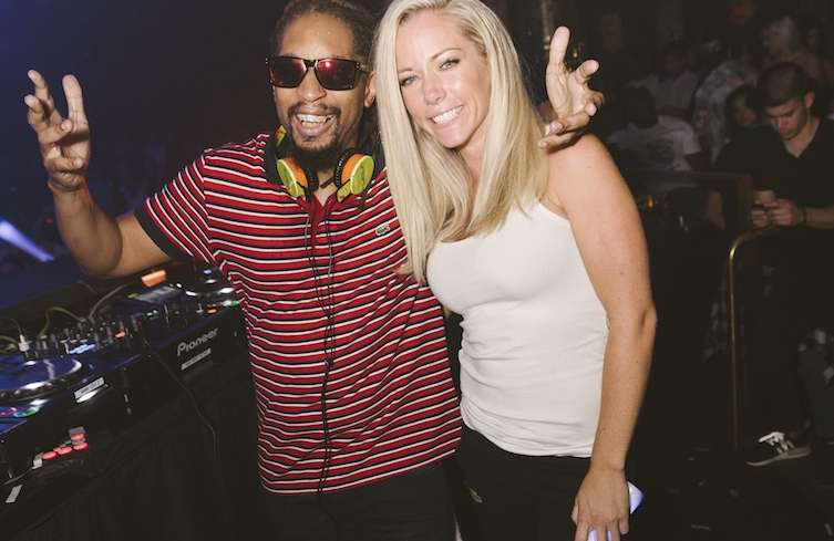 Lil Jon and Kendra Wilkinson-Bennett hang out at Omnia Nightclub.