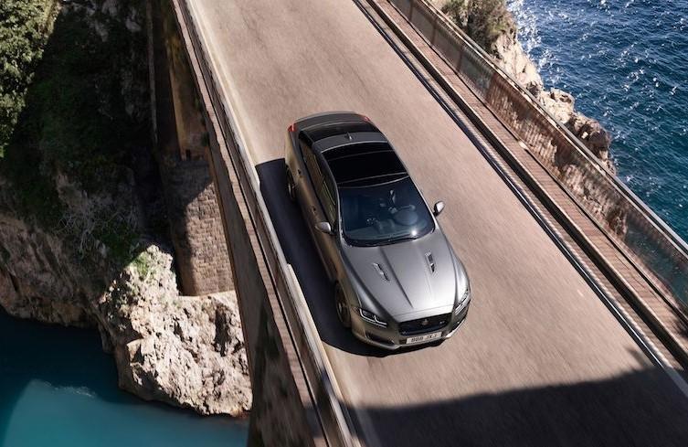 2018-Jaguar-XJR575-101