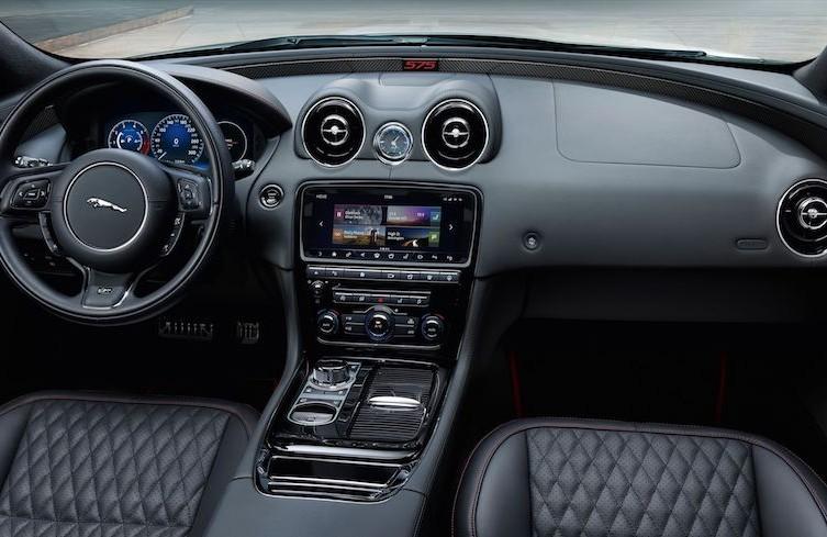 2018-Jaguar-XJR575-114