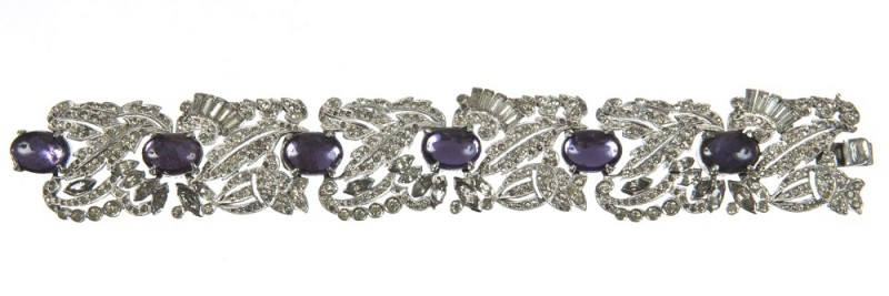 Scarlett O'Hara's bracelet worn by Vivien Leigh in Gone with the Wind, MGM, 1939.