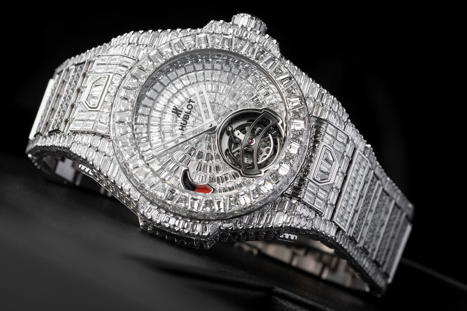 Hublot Big Bang Tourbillon Power Reserve 5 Days High Jewellery