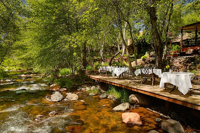 L'Auberge Creekside Dining