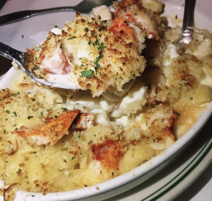 Lobster mac n cheese joes stone crab