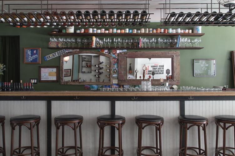LE_Downstairs_Bar-Devin_PEDDE