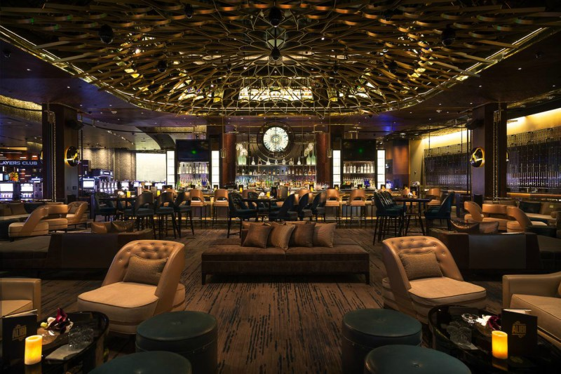 Football Games Are Playing At These 4 Super Fancy Lounges