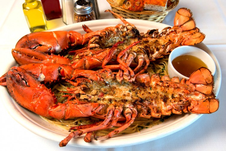 carmines the tasiet places to celebrate national lobster day haute living tita carra