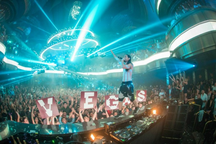 steve aoki omnia nightclub las vegas labor day weekend 2017 haute living tita carra