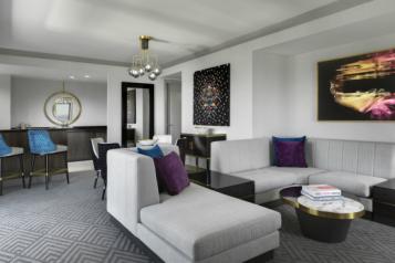 wraparound terrace suite the cosmopolitan