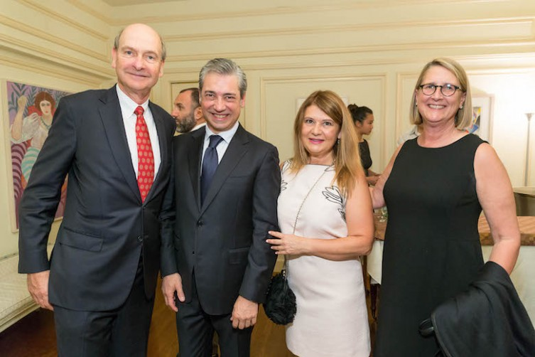 Nicola Luisotti Honored at Italian Consulate