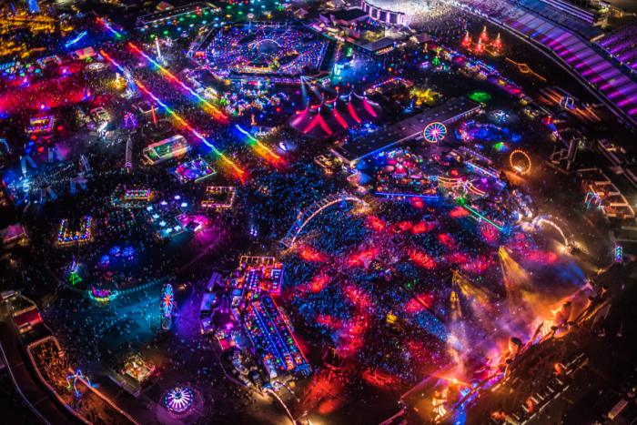 $5,500 For Maverick Helicopter Ride To EDC 2018 Is Absurd And A Must