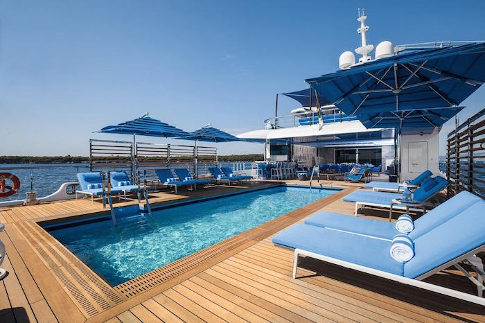 Benetti Seasense Beach Club and pool