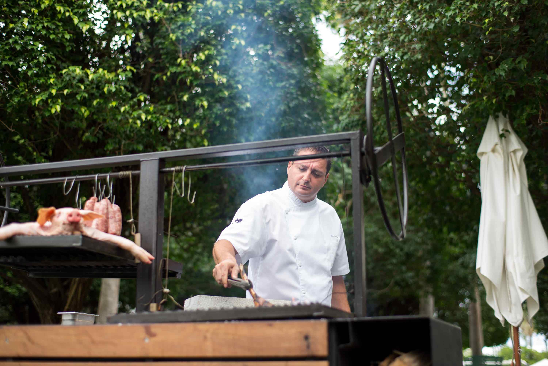 Jose Icardi Grilling Leynia