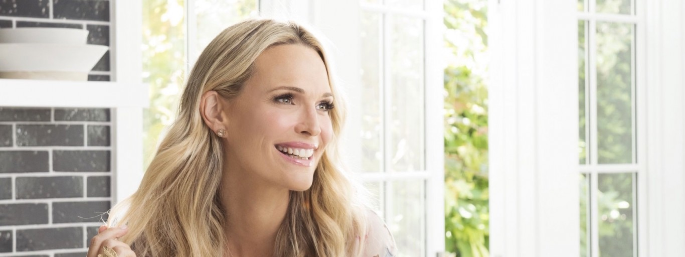Molly Sims Is A Model Mother