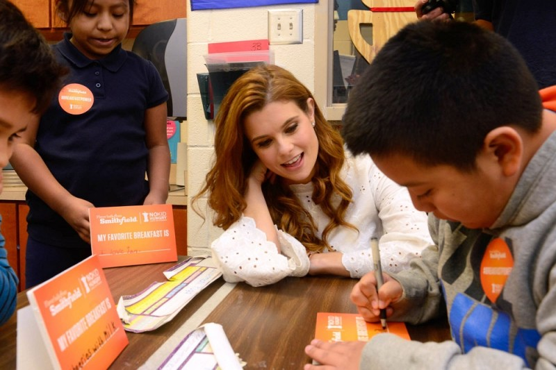 JoAnna Garcia Swisher Joins Smithfield to Support its `Make Breakfast, Share Breakfast` Campaign