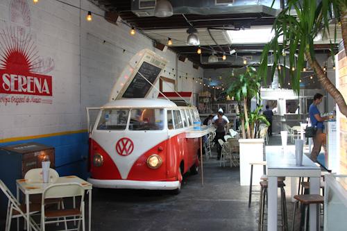 20110405-150553-fonda nolita-interior.jpg