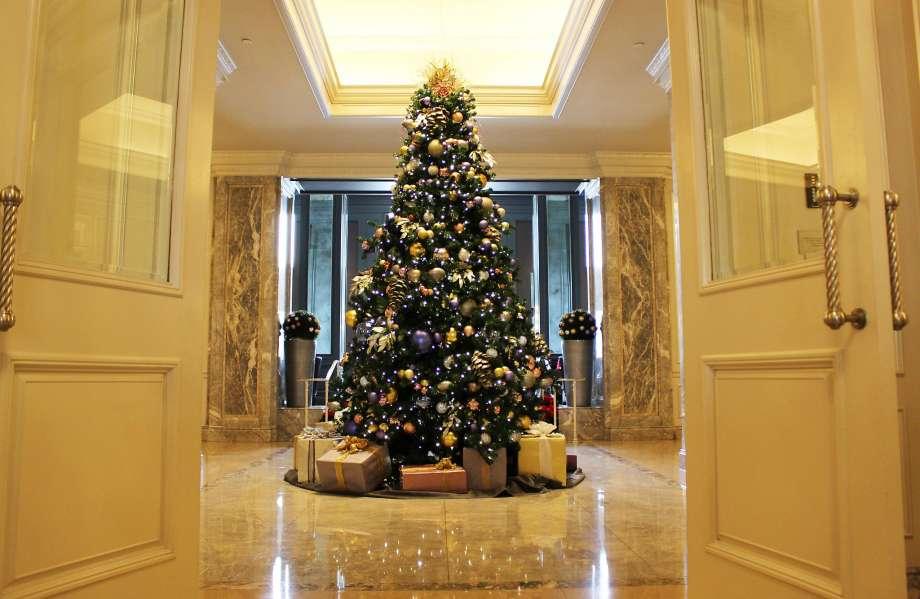 The Ritz-Carlton's Christmas tree