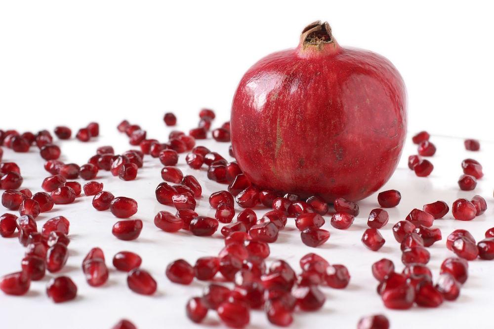 Pomegranate-and-Seeds-57ba11565f9b58cdfdf65c80