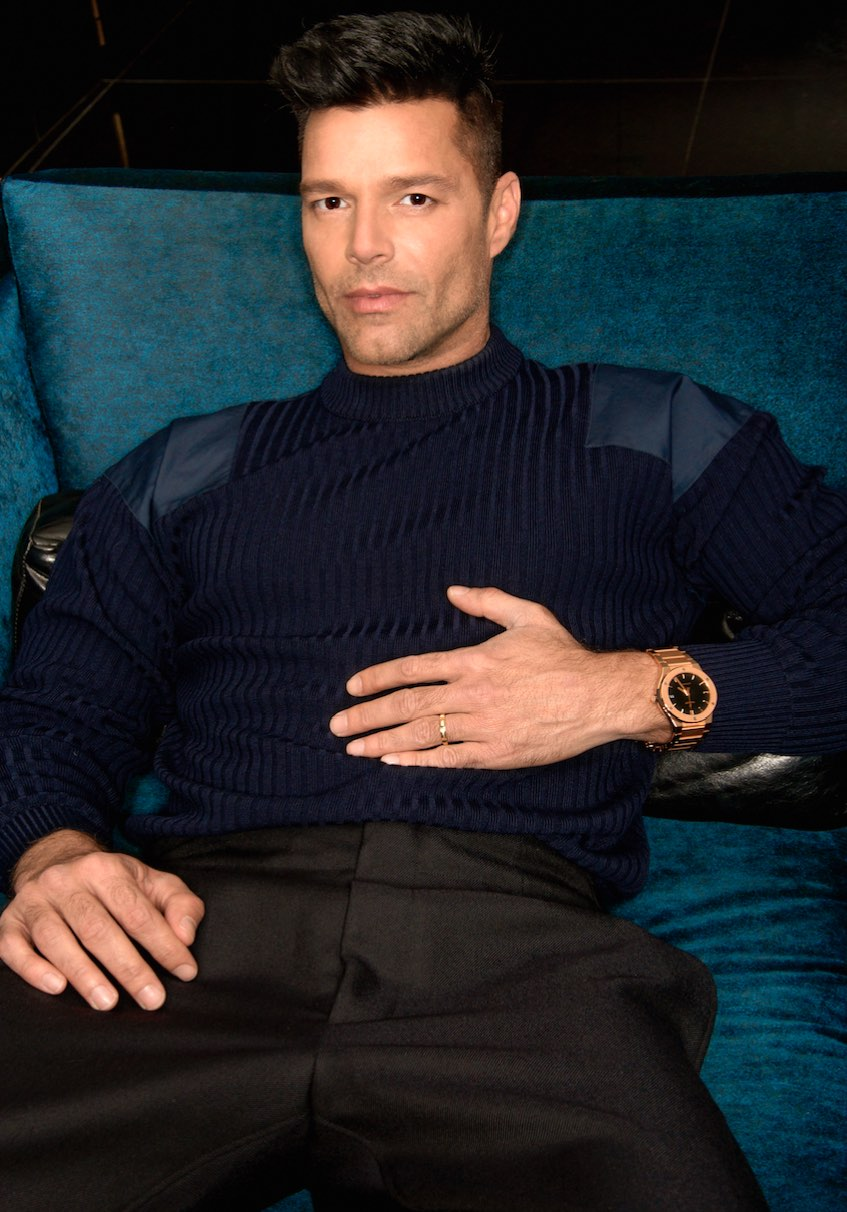 ricky martin premieres in american crime story  the assassination of gianni versace  in the